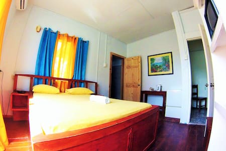 Miller's Guesthouse - double room 2 - Buccoo