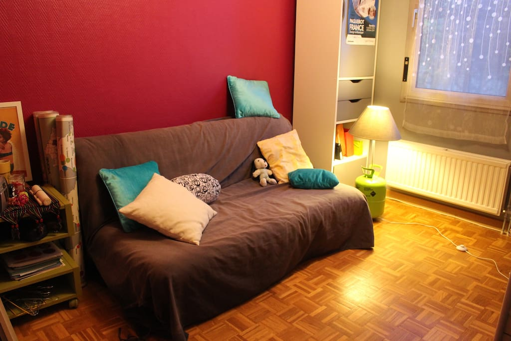 Chambre color e design apartments for rent in saint tienne auvergne rh ne alpes france - Chambre coloree ...