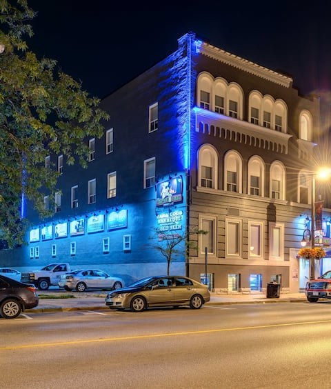 Downtown Sarnia ~ Short Term Room Rentals