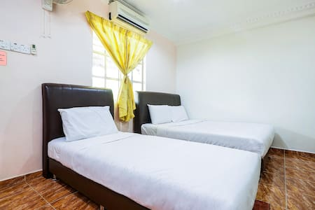 Discounted! 1BR Family Suite@ D'Anjubg Inn