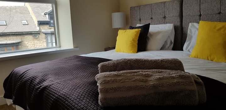 Sunflower Apartment, Sparkling Clean Stylish 2 bed