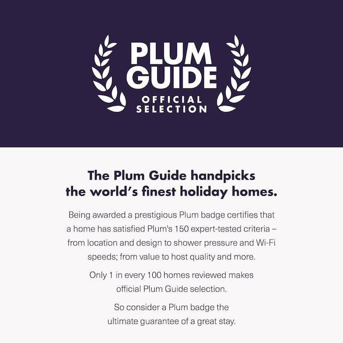 The flat was selected for the exclusive Plumb Guide.