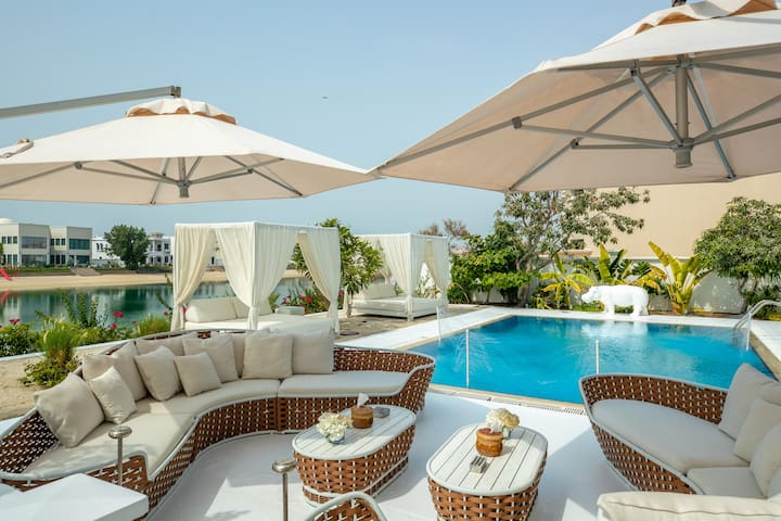 The White Villa @ Palm Jumeirah