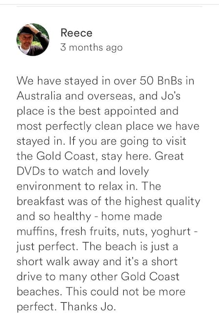 A special review from some lovely guests.. who booked the apartment as a 1bedr 1 bath apartment.