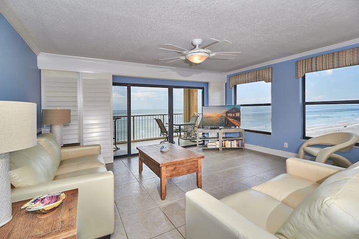 TP404- OCEAN FRONT SERENITY!! Beautifully Remodeled Corner Condo with breathtaking Gulf Front Views!! FREE Wi-Fi & Cable.