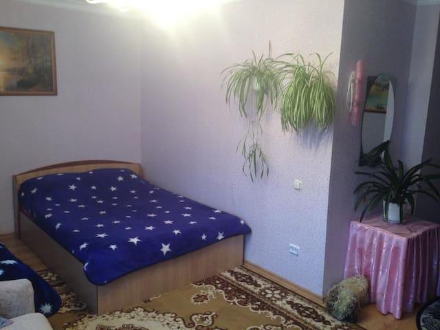 Сдам квартиру на сутки, часы,Ул.Пестрака, - Grodno - Apartament