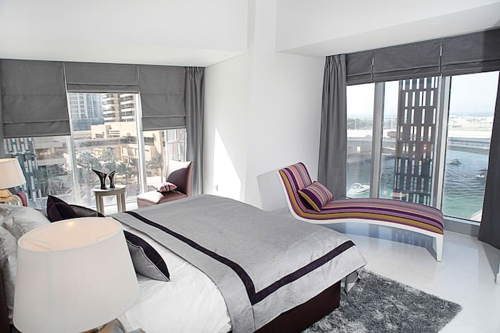 Waterfront suite at iconic tower