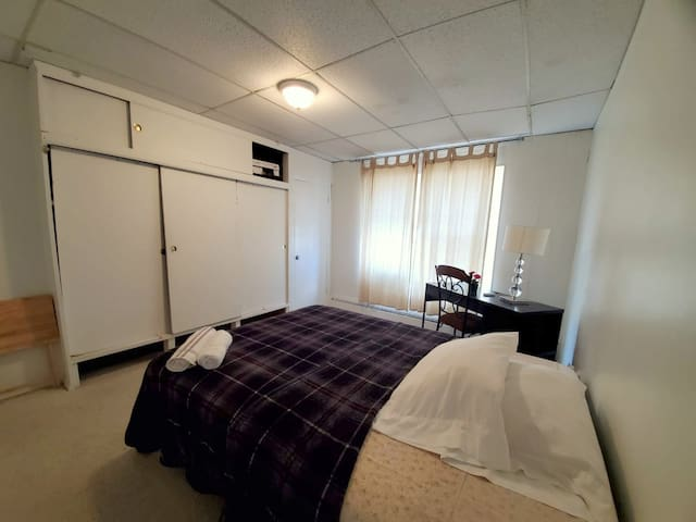1 BDRM Apartment with TV & Wifi, Best for Couples