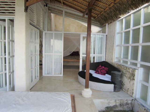 Bedroom on Ground floor....FAN