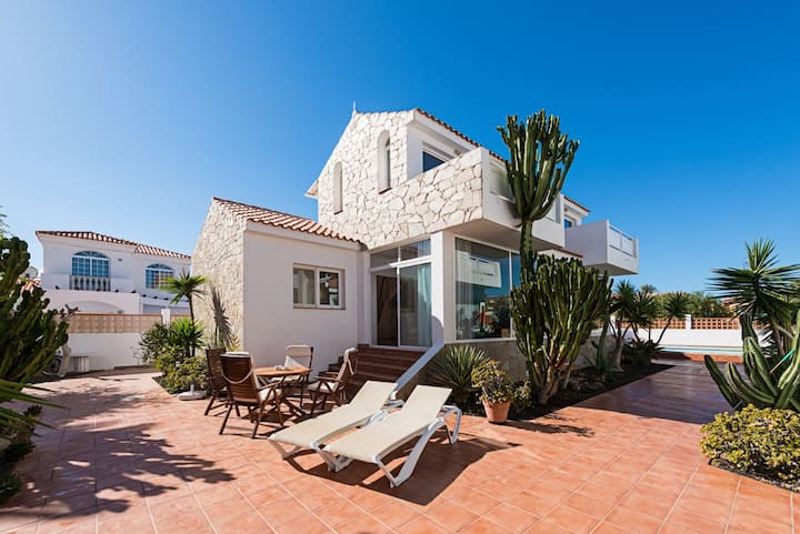 Casa Velero to 100mts from  beach ,  optical fiber