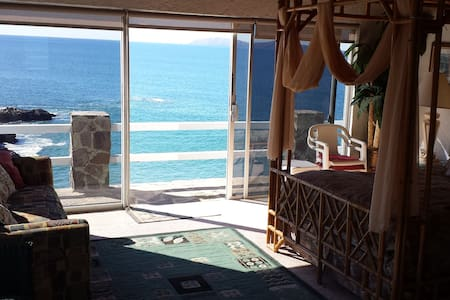 OCEANFRONT VILLA  $575 4 THIS  WKND  3RD NGT $100 - Rosarito