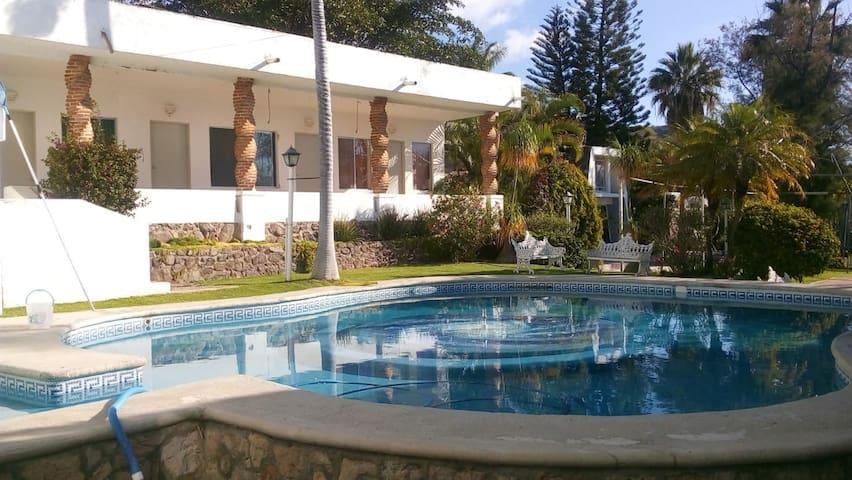 Villa Clementina San Juan Cosalá