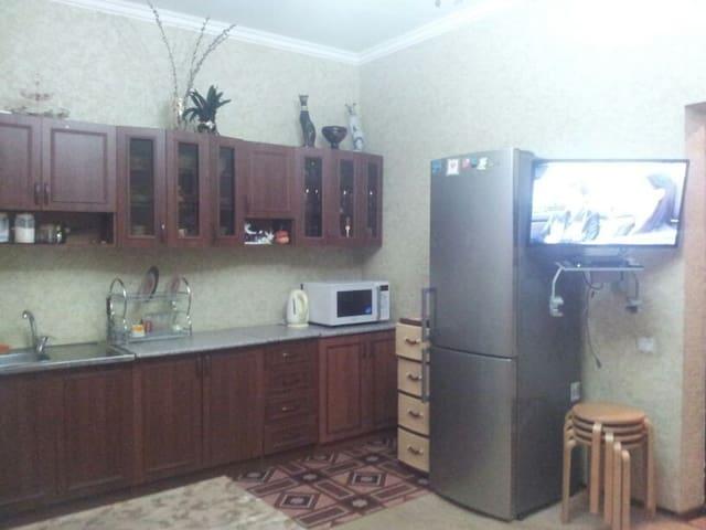 Сдам этаж частного дома под ключ  - Vesyoloye - House
