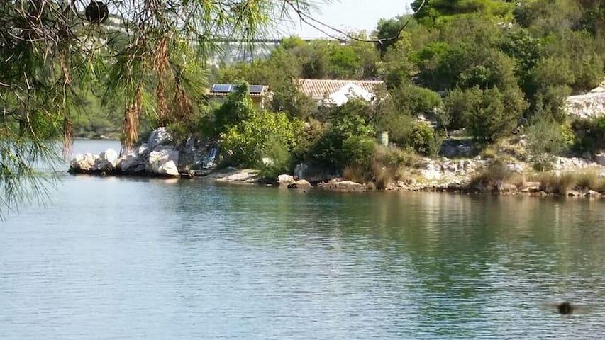 Holiday home Paradise Beach - Šibenik - Casa
