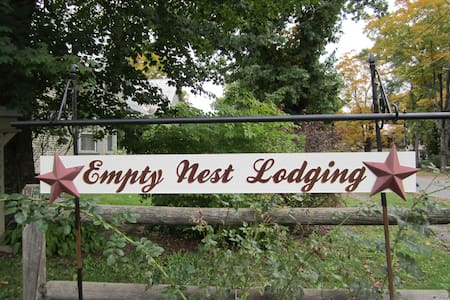 Empty Nest Lodging - Bingham - Casa