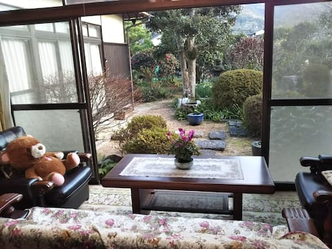 Relaxing house with a nice view in Hagi