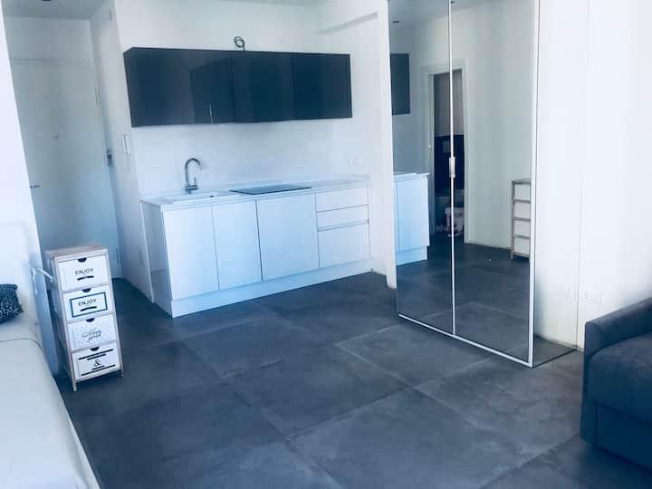 Nuovo Appartamento 30 m dal mare a Piazza Mazzini