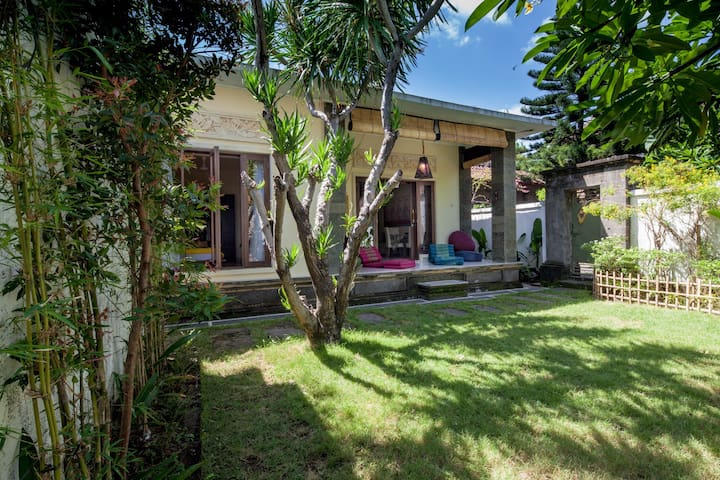 New Open! Cozy&Peaceful Villa *best wiffi in Sanur