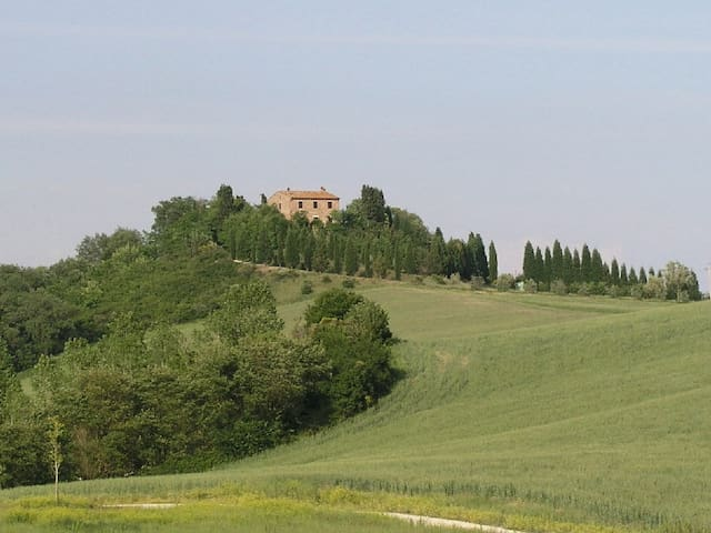 Casale con vista stupenda - Siena - Villa