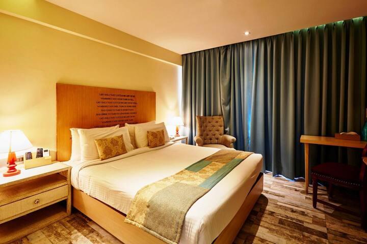 Suite Room in Hotel Aureole, Andheri East