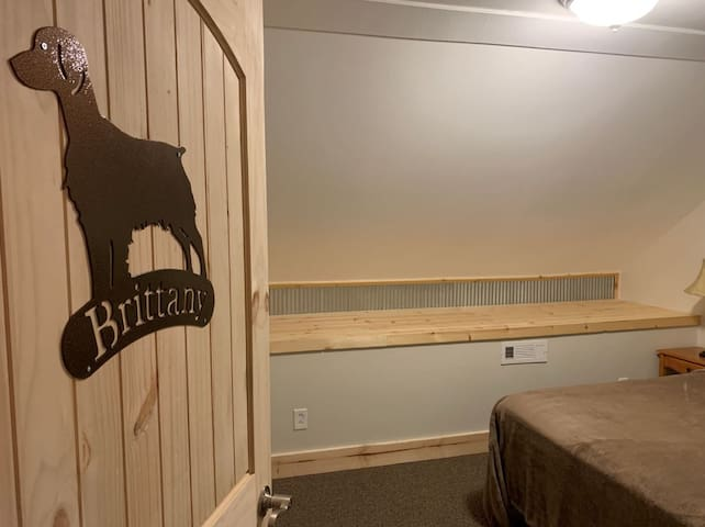 Brittany Room (Single Queen Room)