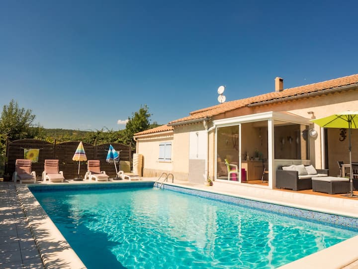 Nice house 3* private pool in charming village
