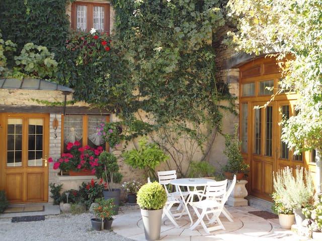 Chambre d'hôtes le Chanois - Fontaine-lès-Clerval - Casa