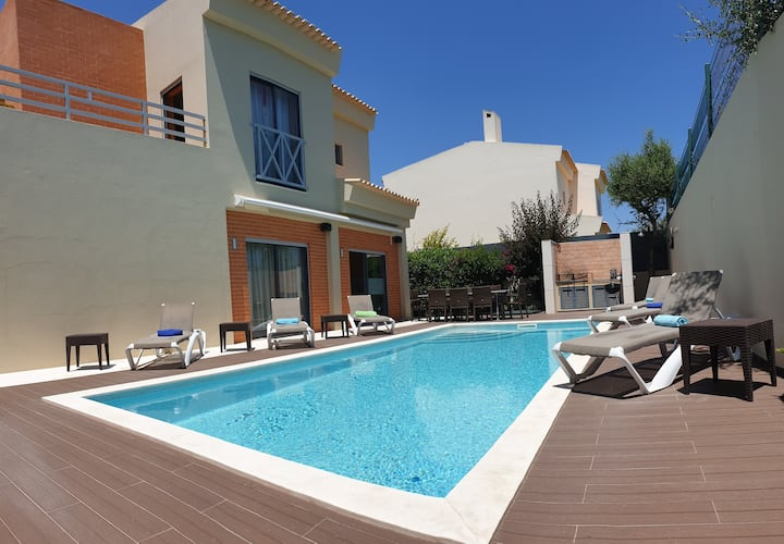 New for rent! Albufeira Oura Beach Luxury  4 bedroom Villa Nicole with private swimming pool