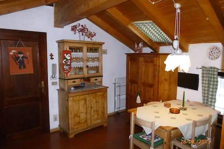 monolocale mansarda - Sfruz