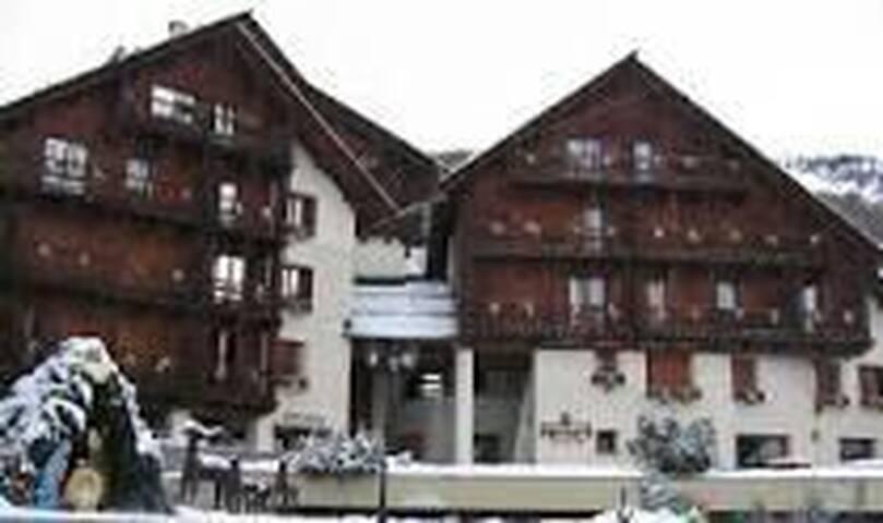 Appartement 2 chambres à Colle Sestriere - Sauze di Cesana - Byt