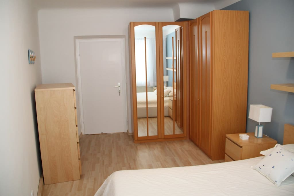 Bedroom, big wardrobe