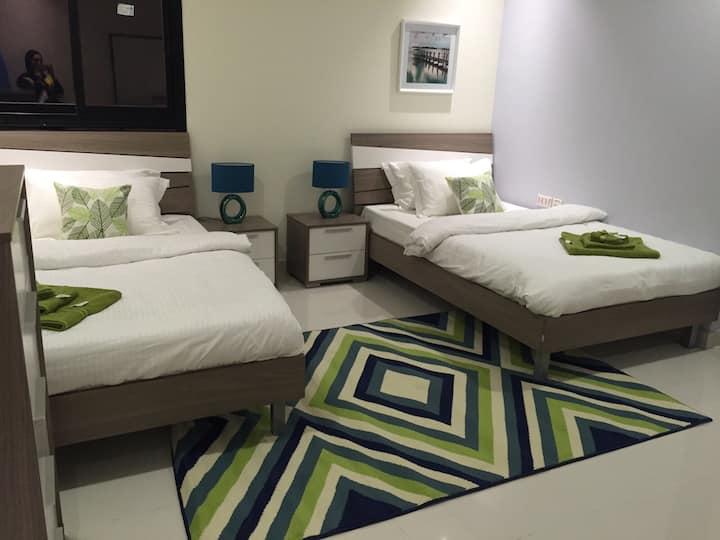 Luxurious 2 Bedroom Flat in Amwaj