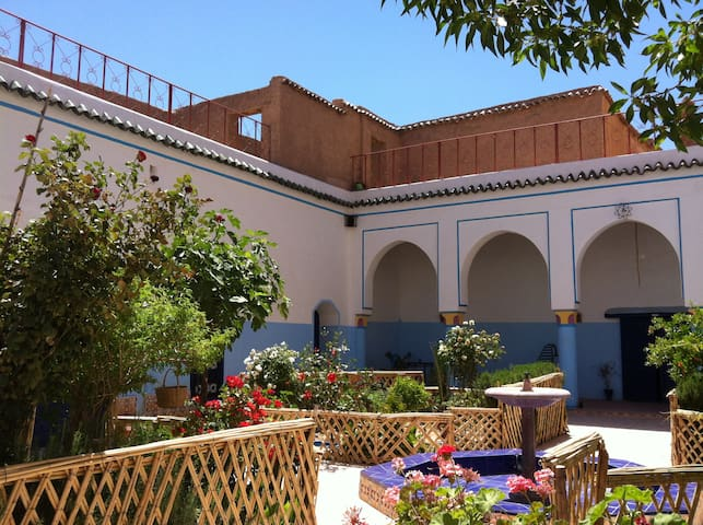 Escale Rando Majorelle(Sdb privé) - Taliouine - Bed & Breakfast