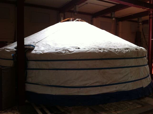 Yurt at Yurt and Tiny House Enclave Hejnice - Hejnice - 蒙古包