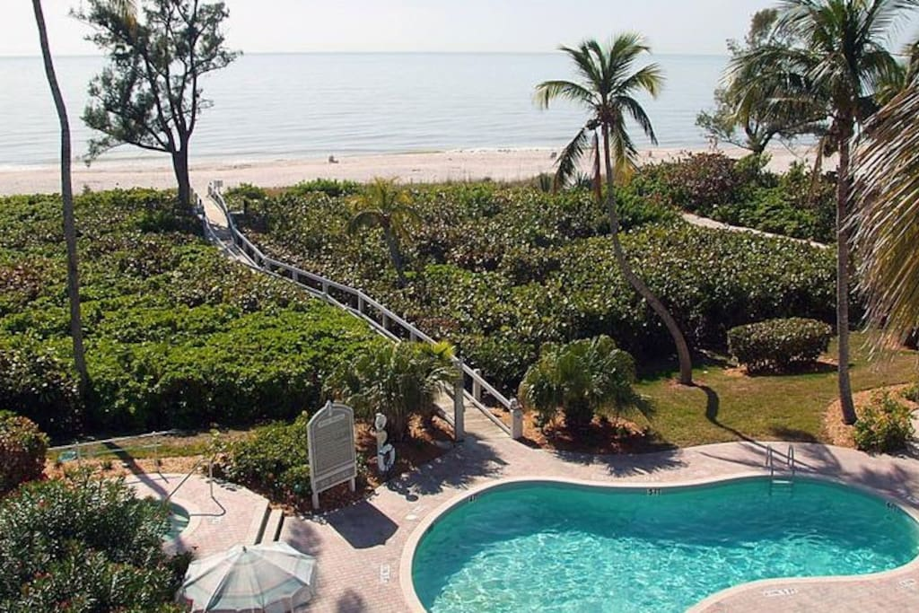 Aerial view of Gulf of Mexico to Pool and Property