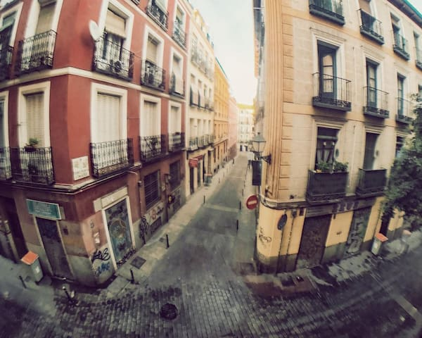 Sleep in New York wake up in Madrid