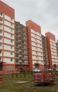 Сдаю 2-комнатную квартиру 56 кв.м в г. Адлере - 索契