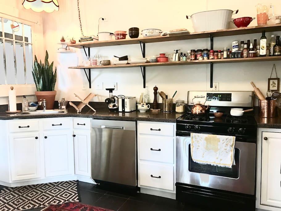 Gorgeous sunlit kitchen