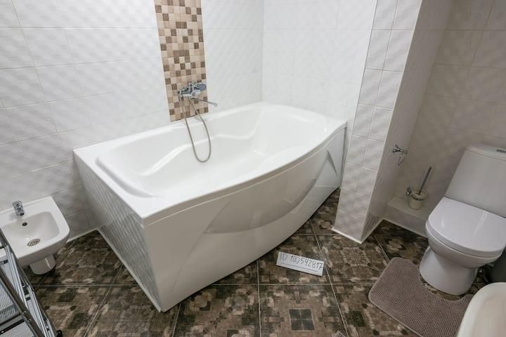 Вид на море - Люкс с большой ванной (с уборкой)