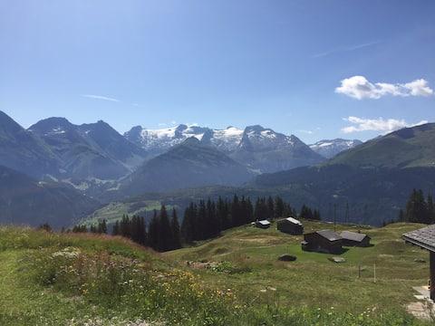 Vista para as montanhas de Disentis