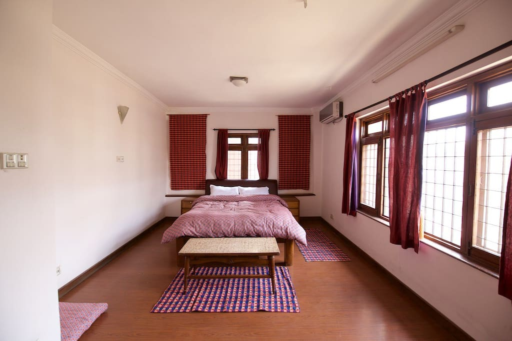 Suite with air-con & attached bath