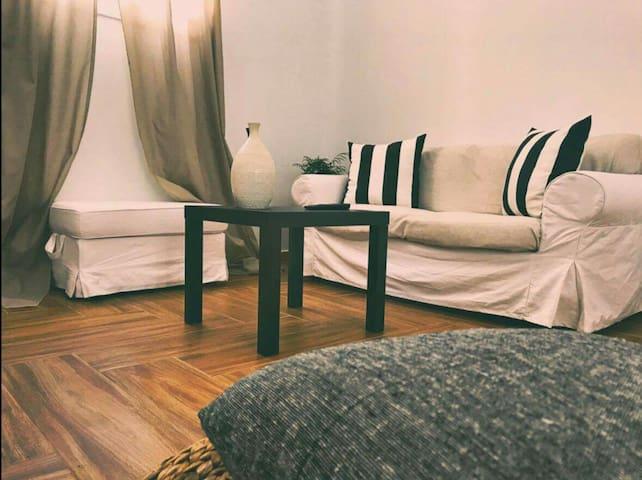 Minimal & Cosy apartment