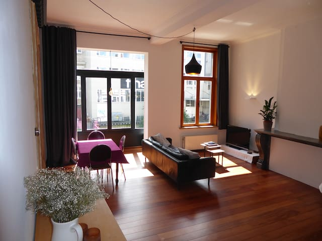 Wonderful apartment in the historic center - Gent - Leilighet