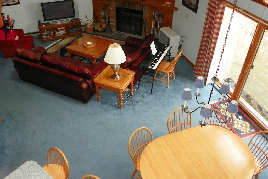 Summer Holiday time in RiverFront Condo Lincoln NH