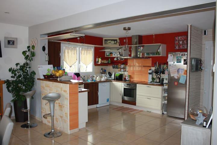 maison individuelle - Guimiliau - Casa
