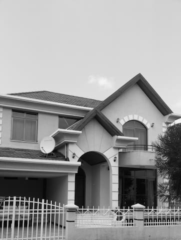 Self Catering - Addis Ababa - Villa