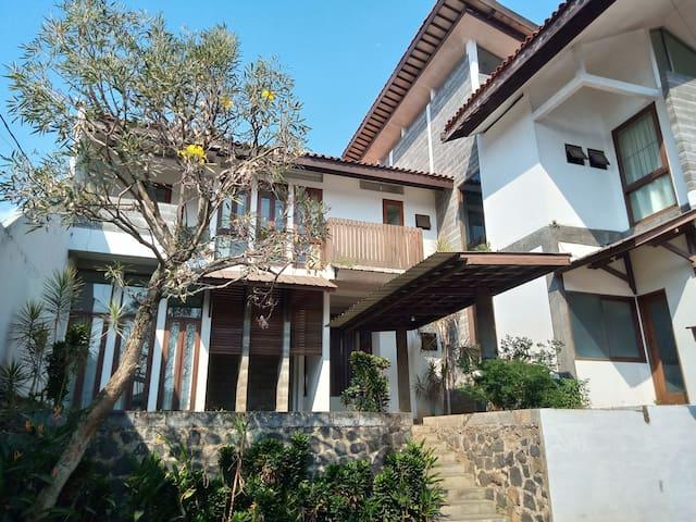 guest house mamang villa pasteur