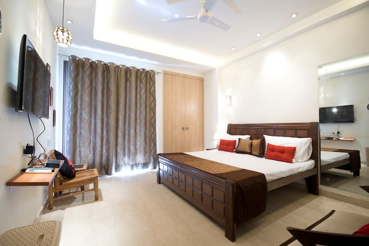 Haven for female Travelers in GK-1! - New Delhi - Hus
