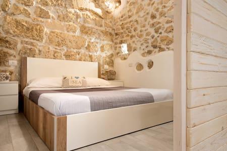Jureca Guest House - Ortigia Deluxe Flat