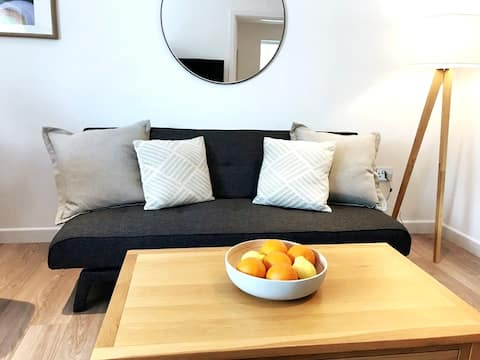 Stylish 1 bed Flat - Stamford